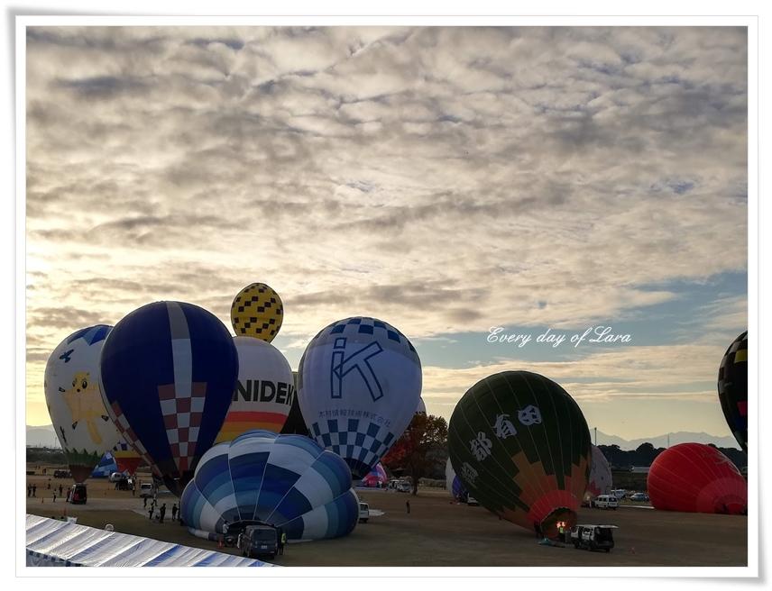 早朝の熱気球のはじまり~2